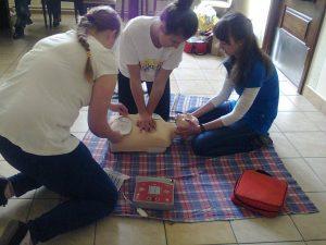 Kurs pierwszej pomocy92