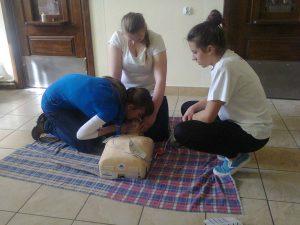 Kurs pierwszej pomocy99